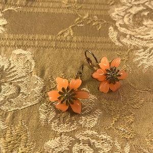 Jewelry - Vintage Drop Flower Earrings